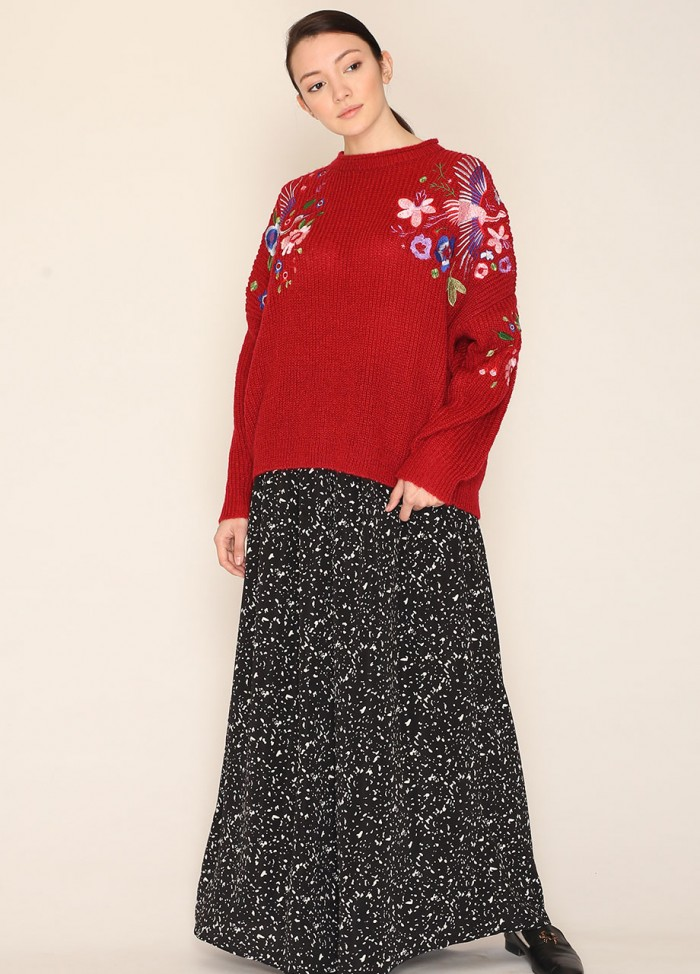 EMB. FLORAL SWEATER WINE